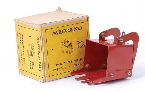 4007: Meccano Part No.169 Digger Bucket