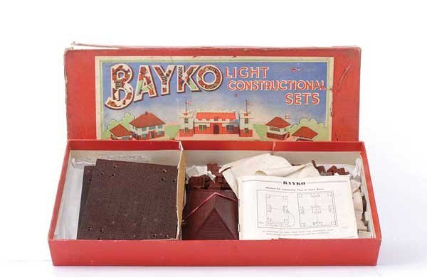 4013: Bayko Pre-war Light Construction Set No.2