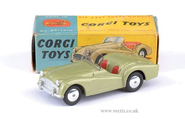 2263: Corgi No.305 Triumph TR3 Sports Car