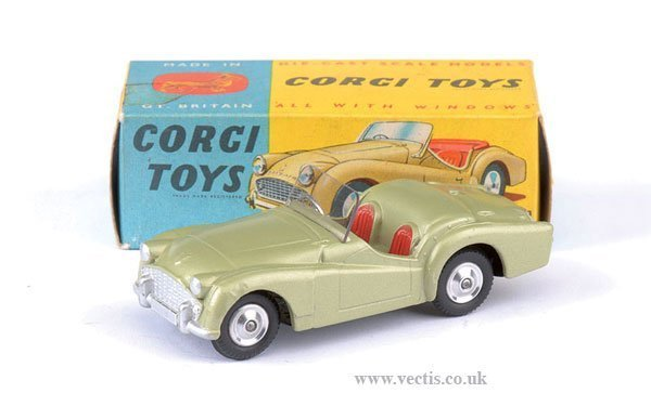 2264: Corgi No.305 Triumph TR3 Sports Car
