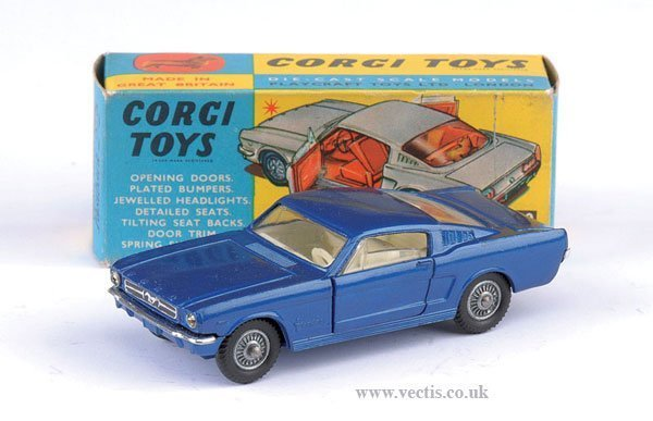 2279: Corgi No.320 Ford Mustang Fastback
