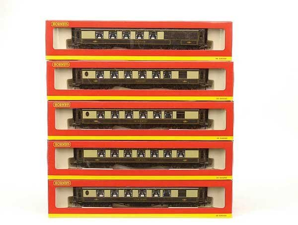 1002: Hornby (China) Superdetailed Pullman Cars