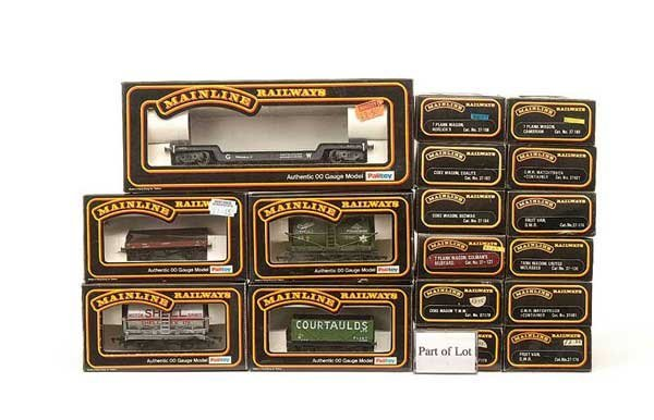 1011: Mainline - A Group of Goods Rolling Stock