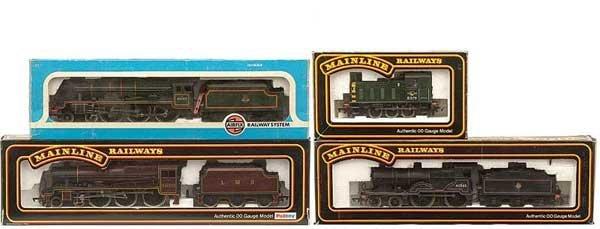 1024: OO Gauge - A Group of Steam and Diesel Locos