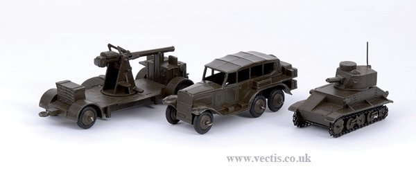 2009: Dinky No.152A Light Tank & Others