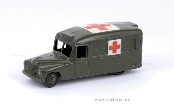 2013: Dinky No.30HM Daimler Military Ambulance