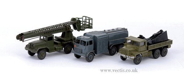 2016: Dinky - A Group of Unboxed Military Vehicles