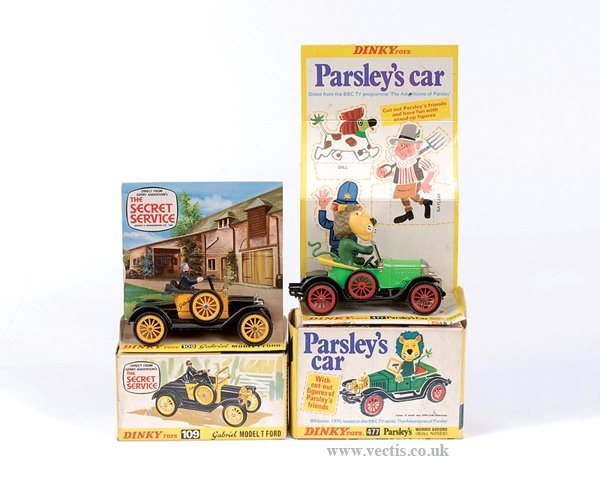 "3023: Dinky No.477 ""Parsley's"" Car & Others"
