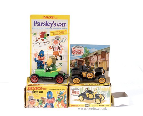 "3024: Dinky No.477 ""Parsley's"" Car & Others"