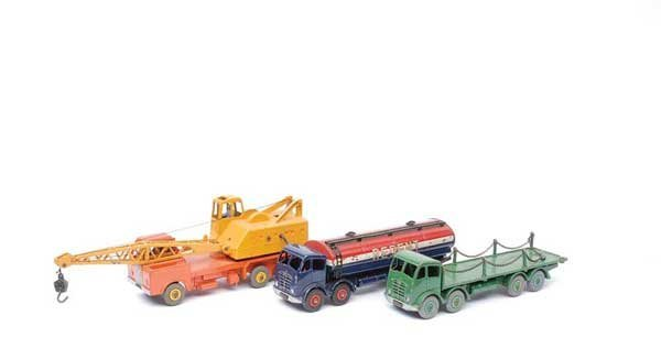 3013: Dinky - A Group of Foden Lorries & Others