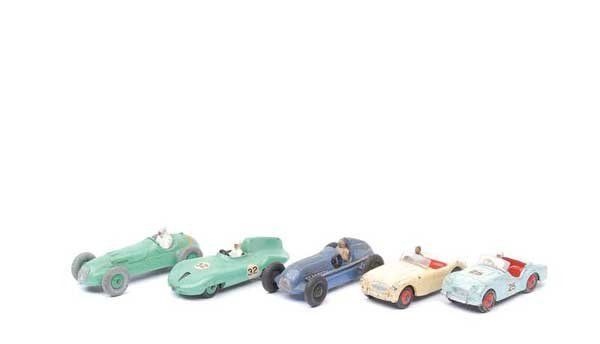 3014: Dinky - A Group of Racing and Sports Cars