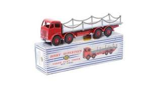 3526: Dinky No.905 Foden Flat Truck with Chains