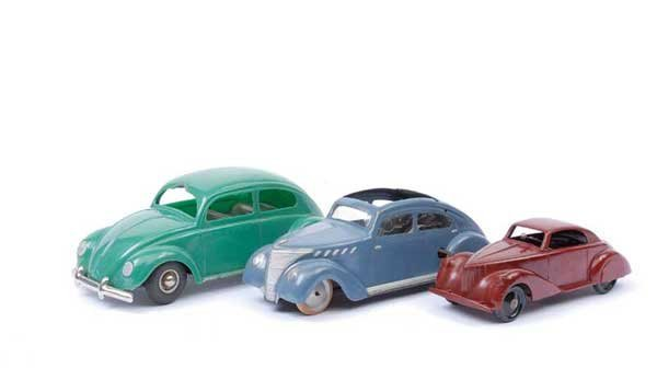4003: Italian, French and German Plastic Cars