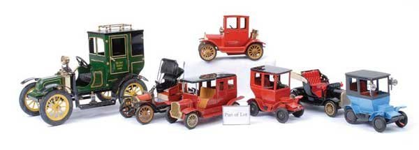 4010: Bandai and Other Tinplate Vintage Cars
