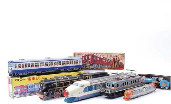 4012: Boxed and Unboxed Japanese Trains