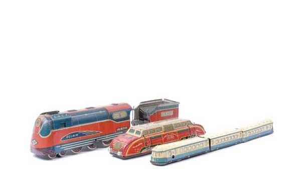 4013: French Vintage Tinplate Clockwork Trains