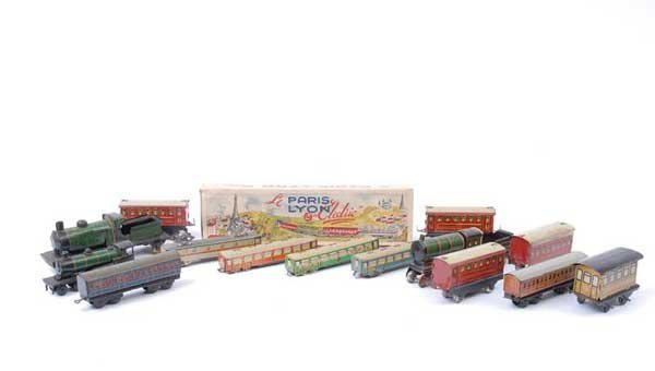 4016: German and French Miniature Tinplate Trains