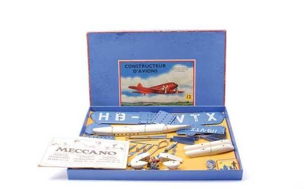 5002: Meccano No.12 French Export Aeroplane Set