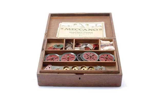 5018: Meccano No.2 Storage Cabinet