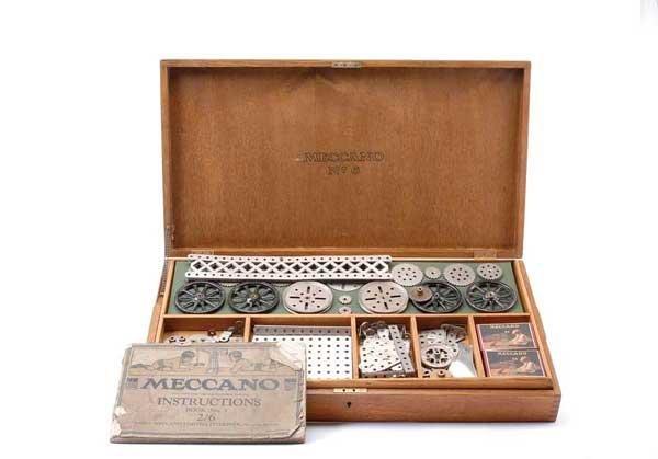 5020: Meccano No.6 Original Wooden Cabinet