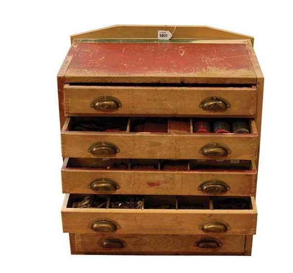 5021: Meccano Pre-war 1930s Dealers Cabinet