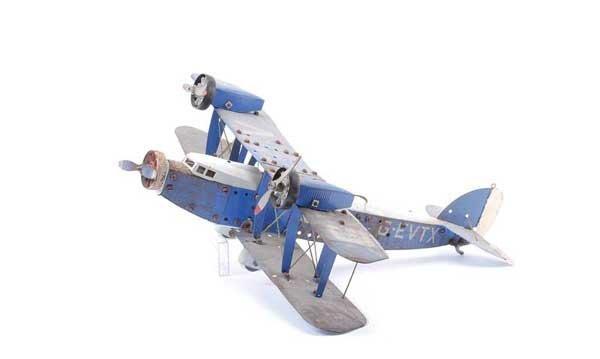 5024: Meccano 3-engine Biplane