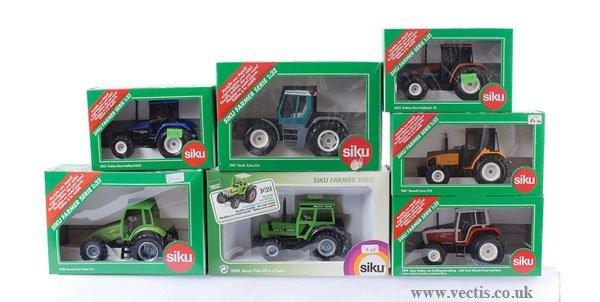 1: Siku - A Group of Tractors
