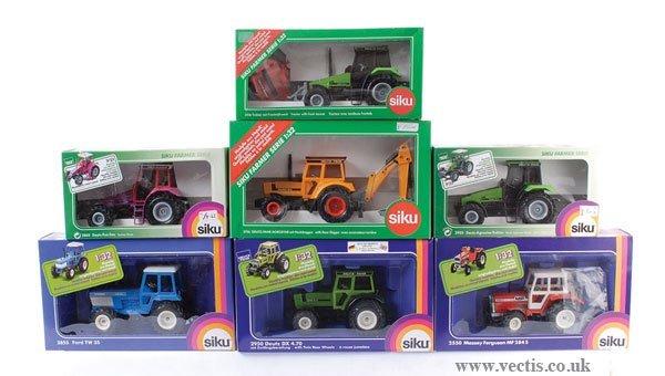 2: Siku - A Group of Tractors