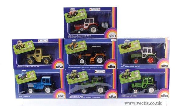 3: Siku - A Group of Tractors