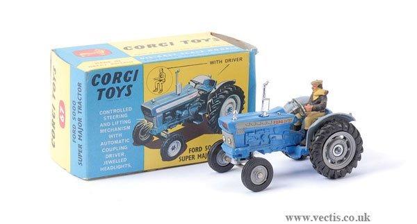 23: Corgi No.67 Ford 5000 Super Major Tractor