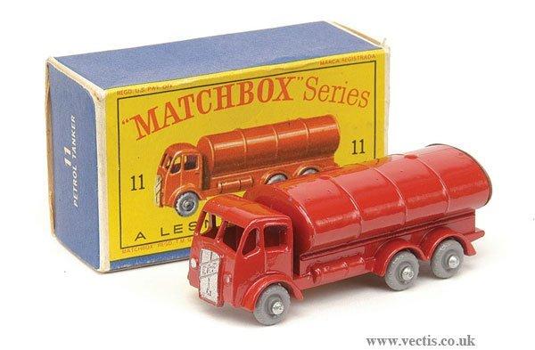 "1002: Matchbox No.11b ERF ""Esso"" Petrol Tanker"