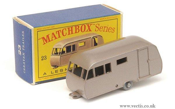 1009: Matchbox No.23c Bluebird Dauphine Caravan