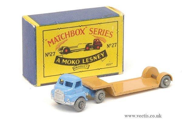 1010: Matchbox No.27a Bedford Articulated Low Loader