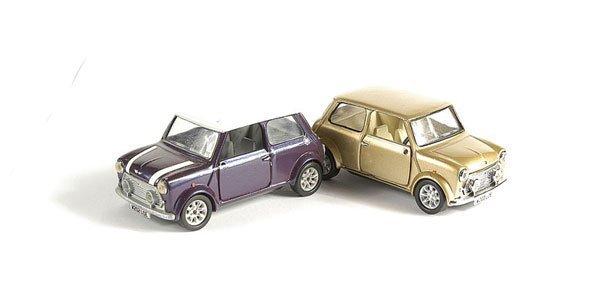 3010: Corgi - A Pair of Mini Coopers