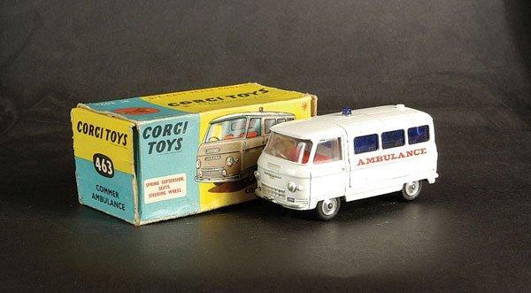 3013: Corgi No.463 Commer Ambulance