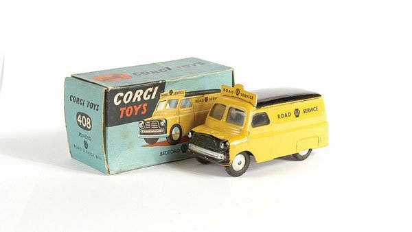 """3015: Corgi No.408 Bedford """"AA Road Service"""" Van"""