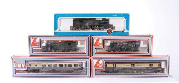 4004: OO Gauge - A Group of GWR Steam & Diesel Locos