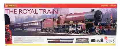4104 Hornby China R1057 The Royal Train Set