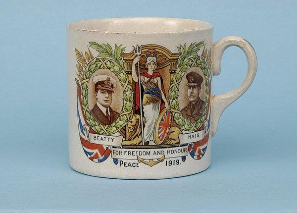 622: Transfer printed china mug [dia 3 ins] ca 1919