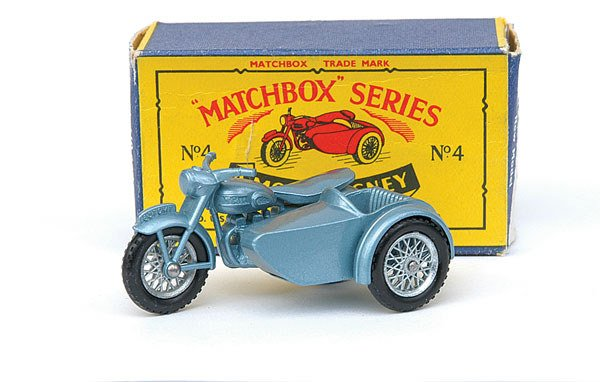 2008: Matchbox No.4 Triumph Motor Cycle and Side Car