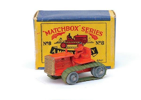 2014: Matchbox No.8 Caterpillar Tractor