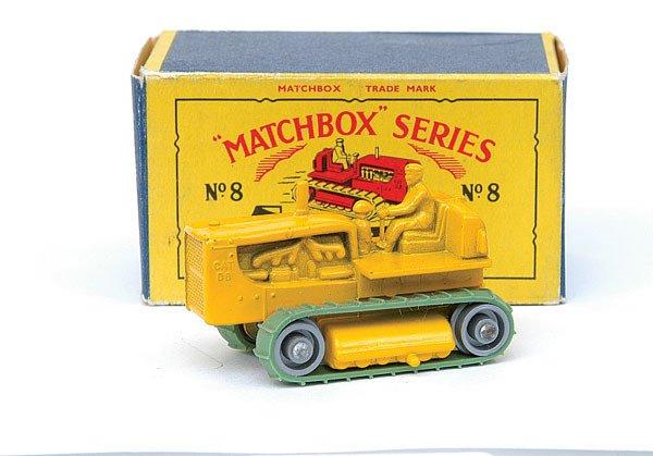2016: Matchbox No.8 Caterpillar Tractor