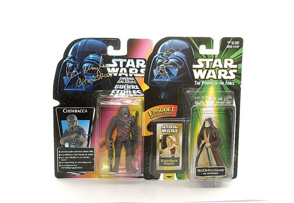 3014: A pair of signed Star Wars action figures