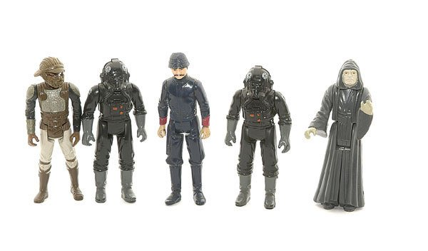 3021: A collection of loose Star Wars action figures
