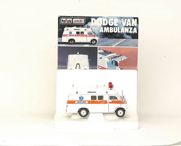 "5023: Polistil No.S664 Dodge Van ""Ambulance"""