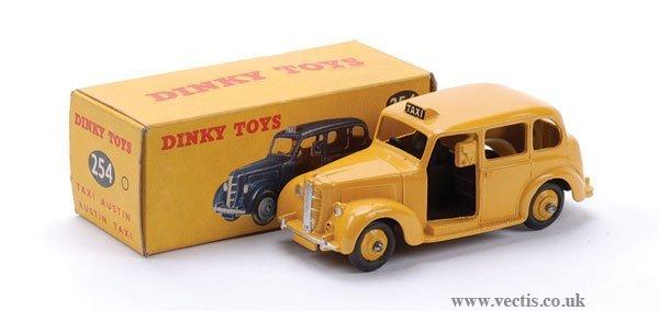 "13: Dinky No.254 Austin ""Taxi"""