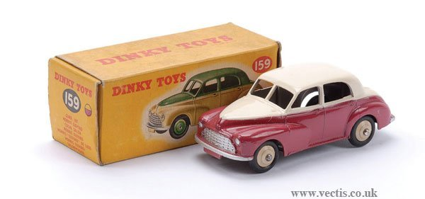 15: Dinky No.159 Morris Oxford Saloon