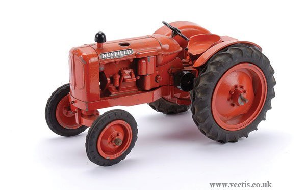 206: Denzil Skinner Nuffield Universal Tractor