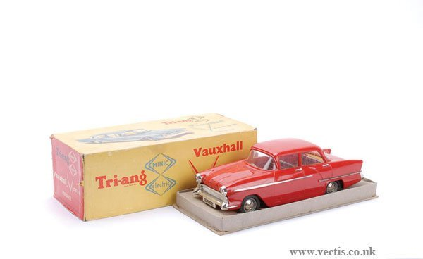 1008: Triang 1/20th scale Electric Vauxhall Victor