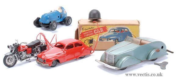 1013: Chad Valley and Mettoy Model Cars